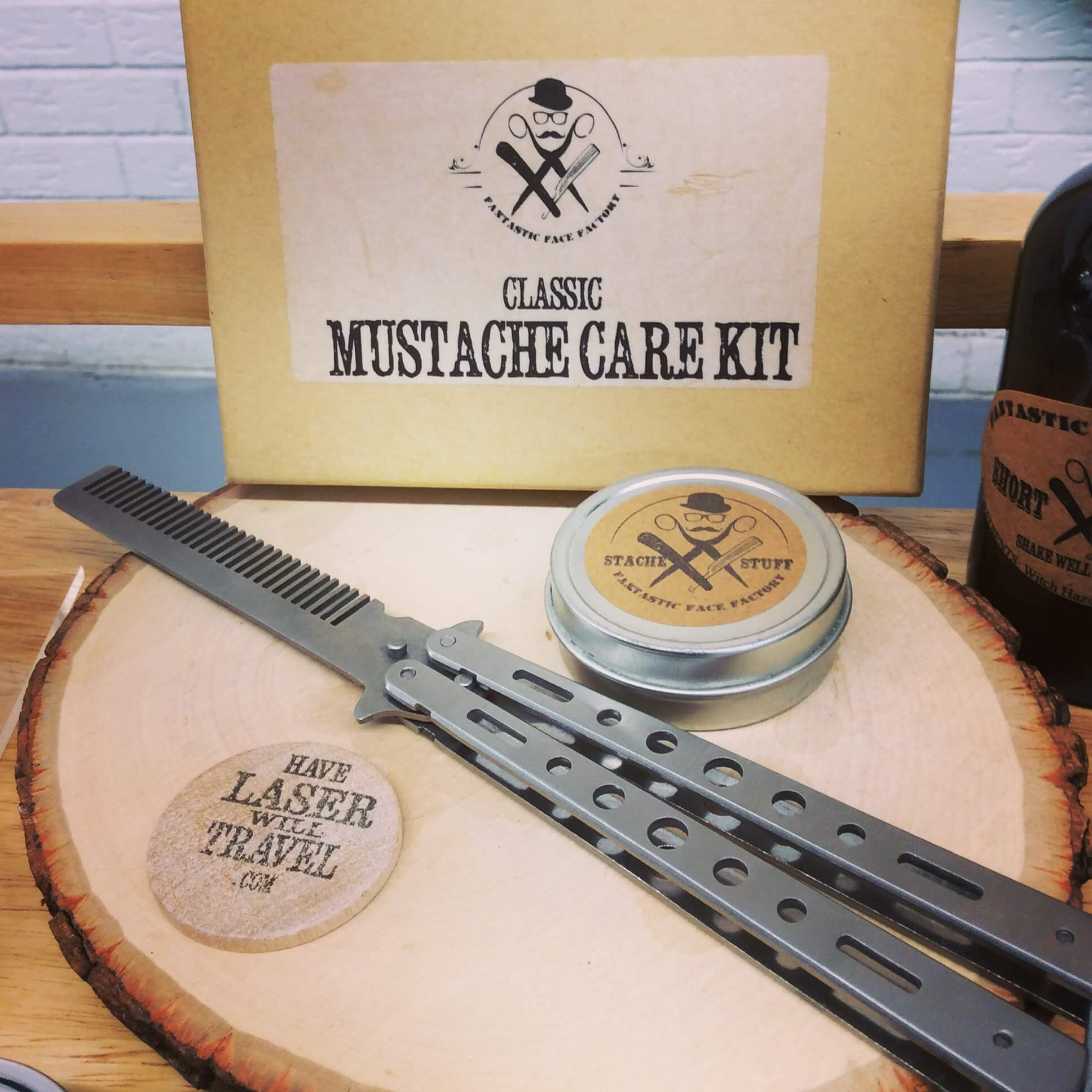 Moustache kit instagram